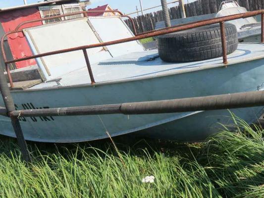 продажа лодок б.у в ейске